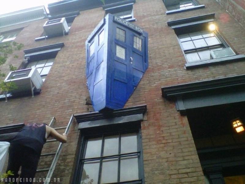 Tardis estacionada em local proibido - Doctor Who