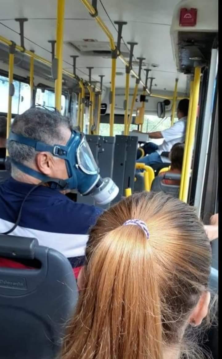 Memes para usar durante a quarentena - Blog Farofeiros - Transporte público