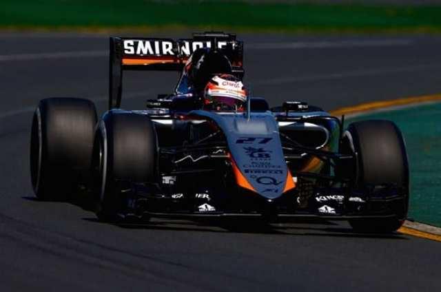 Force India na pista de Melbourne. Equipe passou maus bocados judiciais e financeiros, além de apresentar o novo carro no fim da pré-temporada (Getty Images)