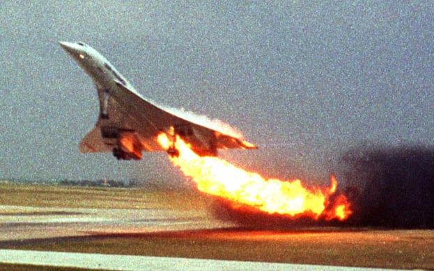 Concorde da Air France. Explosão do tanque nº5 na decolagem causou o acidente, em 2000 (The Guardian / Reprodução)