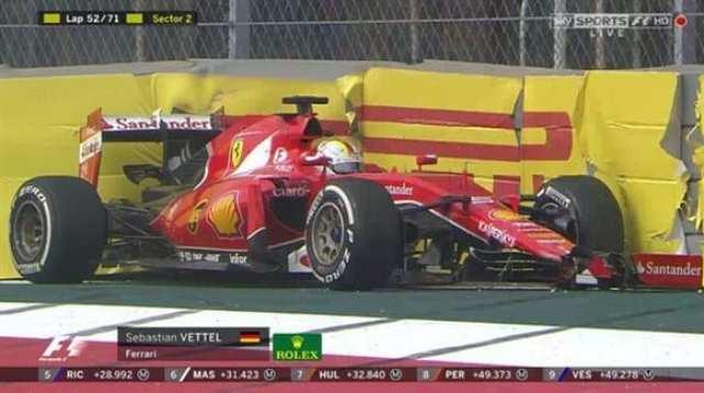 Vettel abandonando a prova depois de uma corrida desastrosa. Ele e Raikkonen não viram a quadriculada, protagonizando o primeiro abandono duplo da Ferrari em nove anos (Twitter)