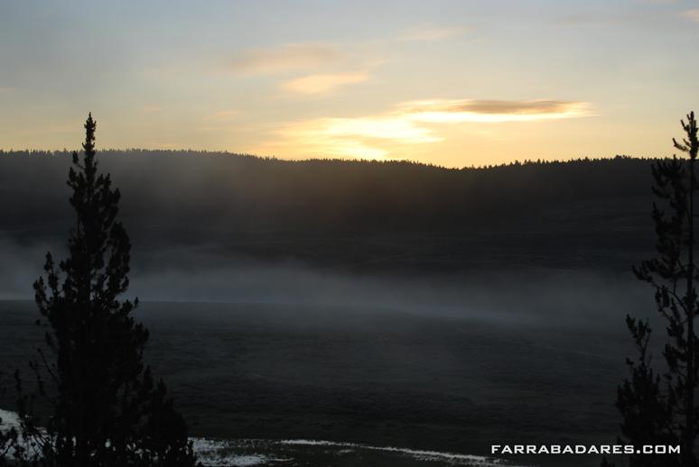 Hayden Valley amanhecendo