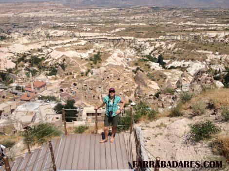 Subindo - castelo de Uchisar