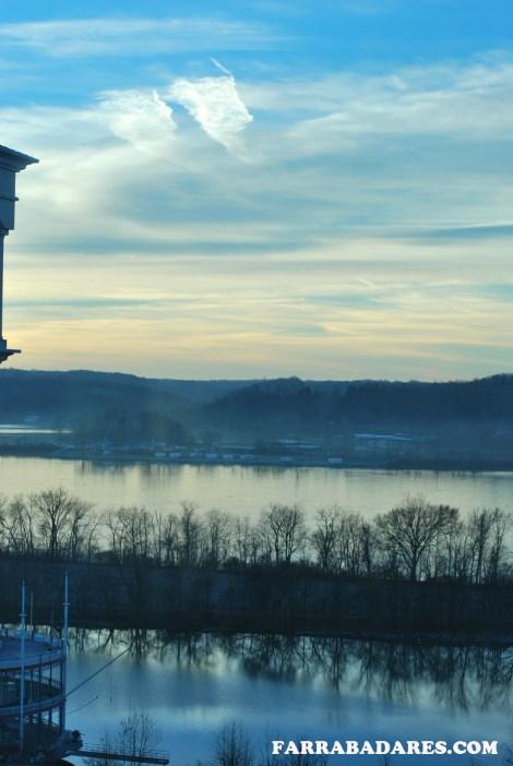 Vista do Rio Ohio pela manhã da janela do nosso quarto