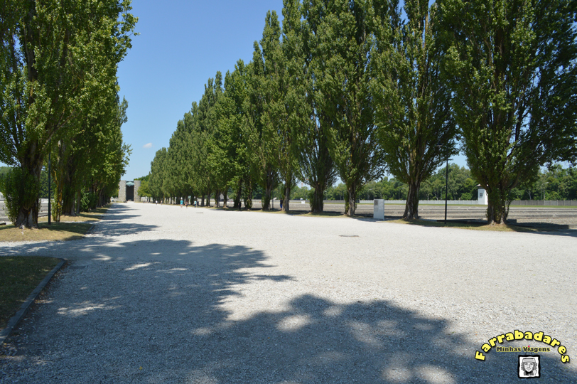 Dachau - The Camp road, a rua do campo