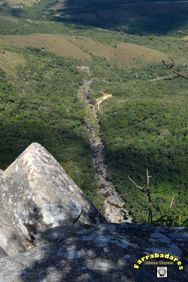 Serra da Canastra - Cachoeira Casca D'Anta, parte alta - Rio São Francisco lá embaixo