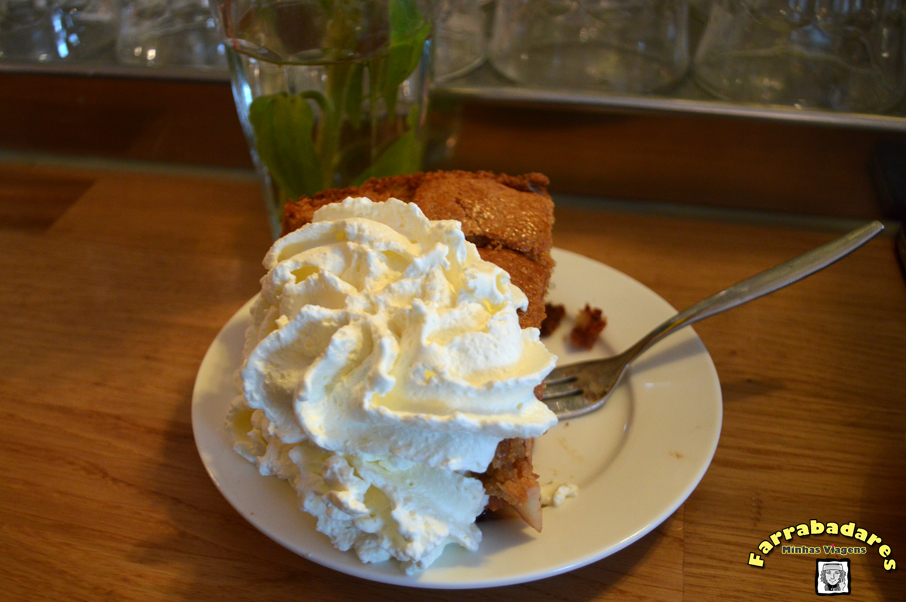 Amsterdam - a famosa torta de maça do Winkel