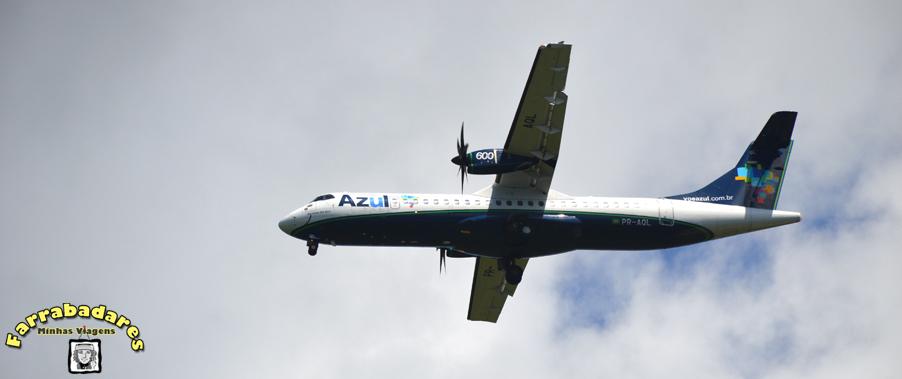 Voo Azul ATR chegando na ilha