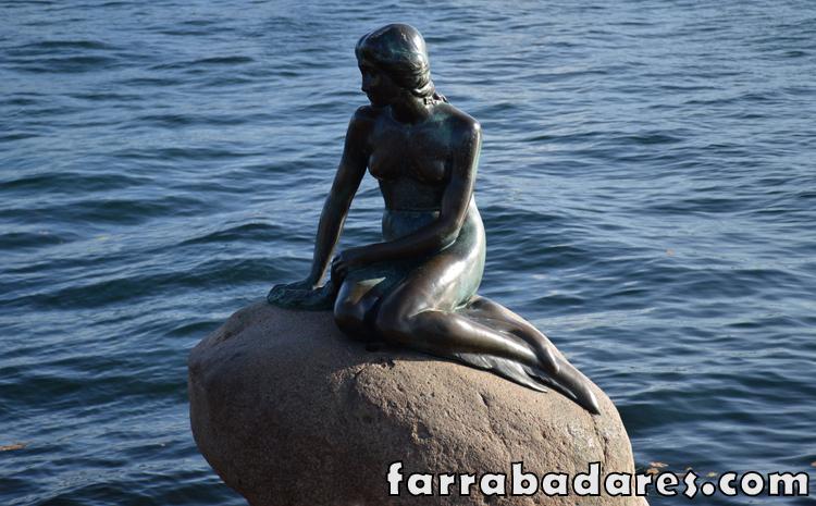 Copenhague - estátua da pequena sereia