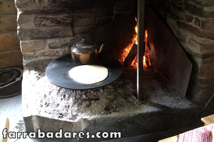 Oslo - Norsk Folkmueseum (museu folclórico da Noruega) - pão quentinho delicioso!!