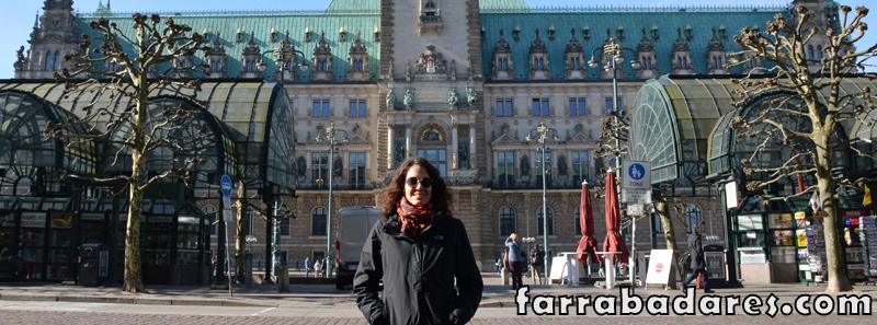 Eu e a Prefeitura de Hamburgo atrás