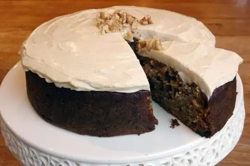 food waste carrot banana cake