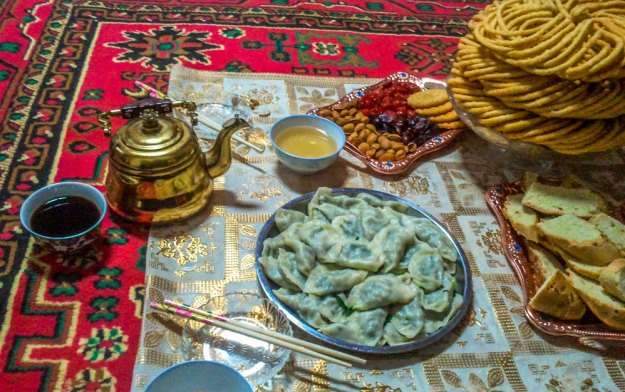 Uyghur tea and food