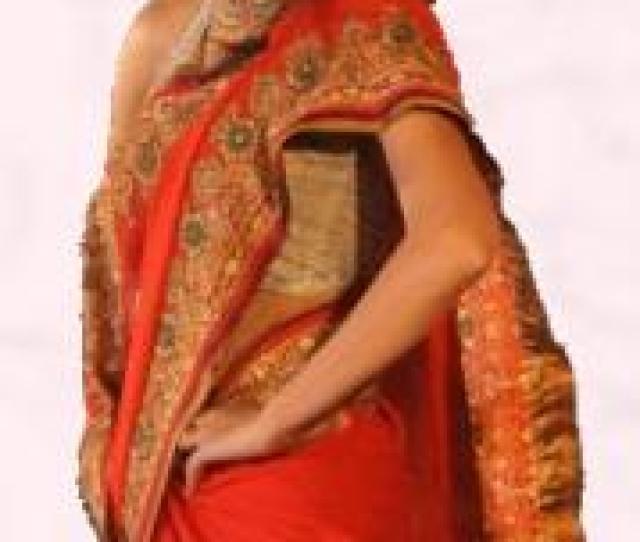 Red Gold Border Jari Sari Pure Gold Jari Red Sari Vibrant Fashion Week Gujarat India 2010