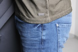 foolproof-denim-seven-7-for-all-mankind-jeans-outfit-5