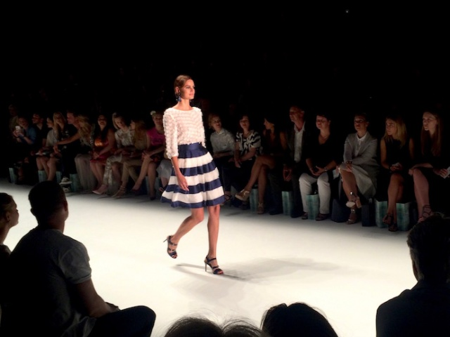 GuidoMariaKretschmer_Designer_ShoppingQueen_Kollektion_Laufsteg_FashionWeek_Berlin_01