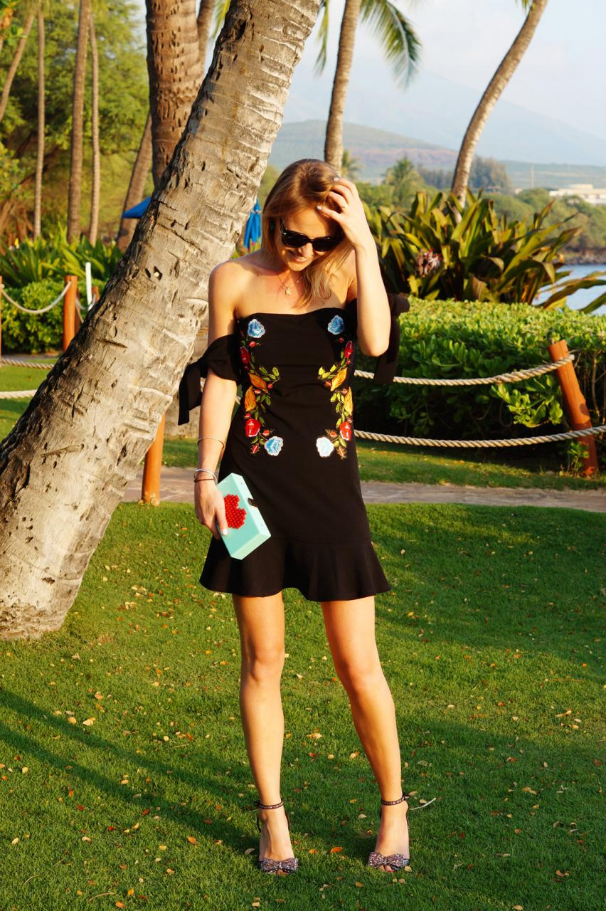 The Perfect Dress For Paradise In A Tropical Island
