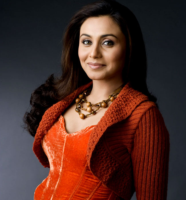 The feminine splendour     Rani Mukherjee   Fashionably Desi The feminine splendour     Rani Mukherjee