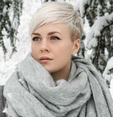 Sarah Short Hairstyles - 7