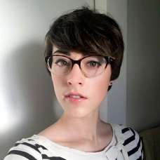 Savoir Faere Short Hairstyles - 5
