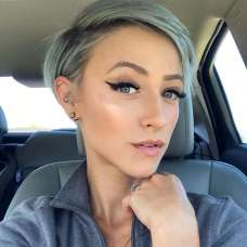 Olivia Hodges Short Hairstyles - 6