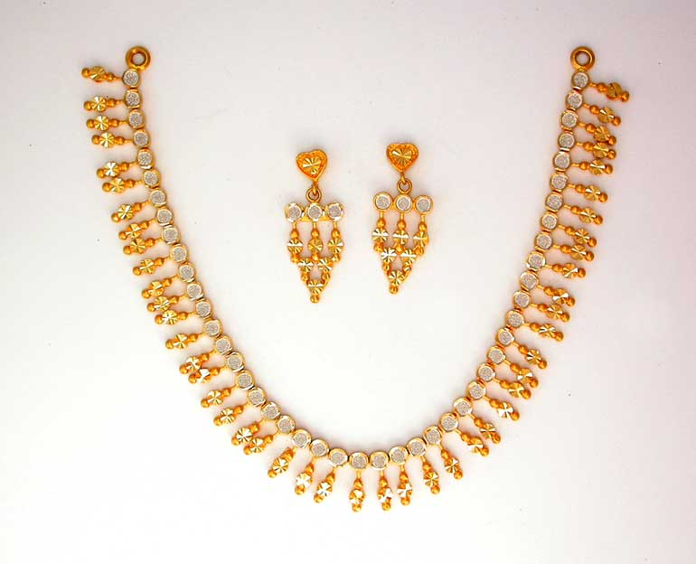 Gold Necklace For Women Fashion Belief