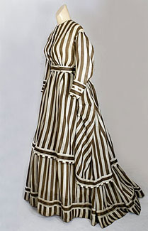 post-civil-war-day-dress-c1867.jpg
