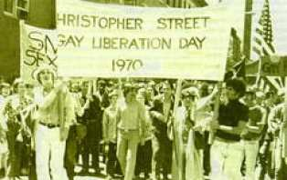 first-gay-pride-of-the-world-1970