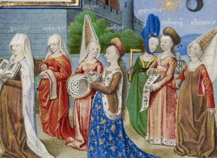 tração de diversas mulheres caminho juntas vestidas com traje gótico medieval em cores distintas, cada uma com um tipo de chapéu diferente