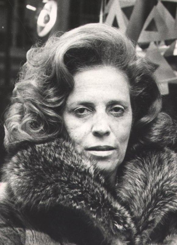 Zuzu Angel durante o lançamento de sua coleção em Nova York, 1972.