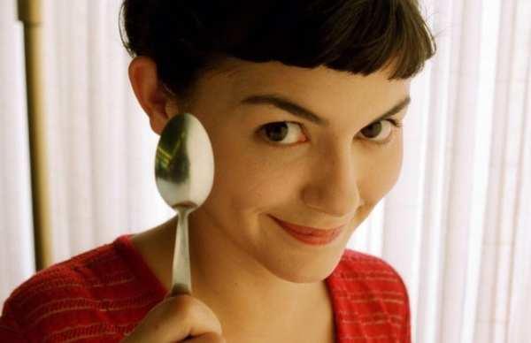 Foto da personagem Amélie Poulain interpretada por Audrey Tautou