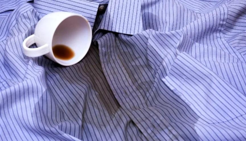 Manchas em roupas de café