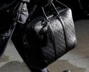 fashionb-louis-vuitton-men-bags-fall-2011-191-300x450