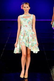 Vivi Huhn Dragao Fashion 2012 (3)