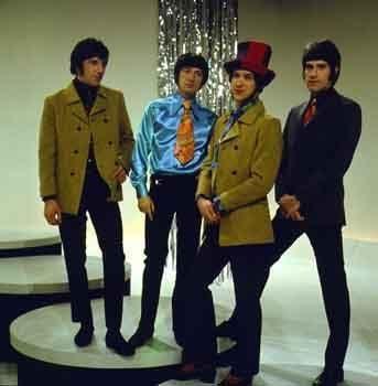 fantasia masculina para festa dos anos 60