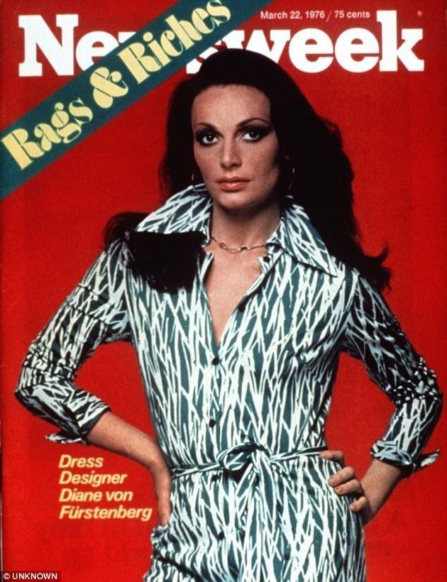 capa de revista newsweek 1976 vestido envelope
