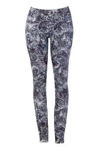 calça skinny estampa R$ 69,90_425x640