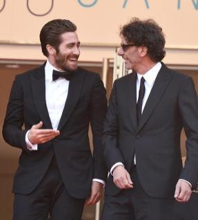 Membro do júri, ator Jake Gyllenhaal vestia abotoaduras Montblanc e o poresidente do júri, Joel Coen, levava ao pulso um relógio da Coleção Montblanc Star Steel Collection