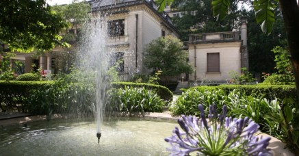 jardim-da-casa-das-rosas-na-regiao-da-avenida-paulista-em-sao-paulo-2011-1322860678844_956x500