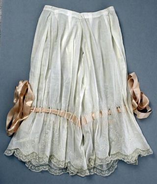 Lingerie vitoriana de 1890