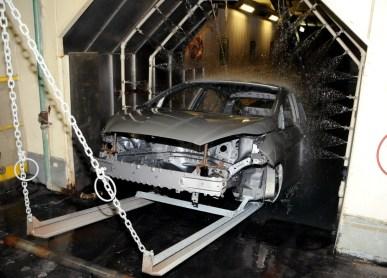 Fábrica da Ford em São Bernardo do Campo - BodyShop1 - Linha de montagem do Ford New Fiesta 1