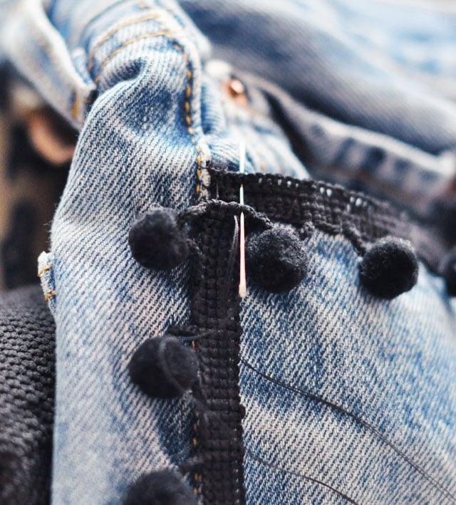 DIY-Pom-Pom-Jeans-Embellished-Vintage-Levis-5