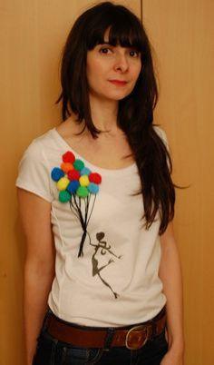 ideia-para-customizar-camisetas-com-pompons