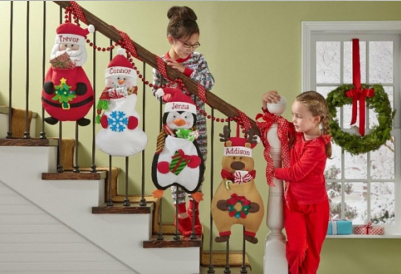 crianças e decoração de natal