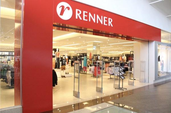 Foto de fachada de lojas renner que se viu envolvida em agressão homofóbica