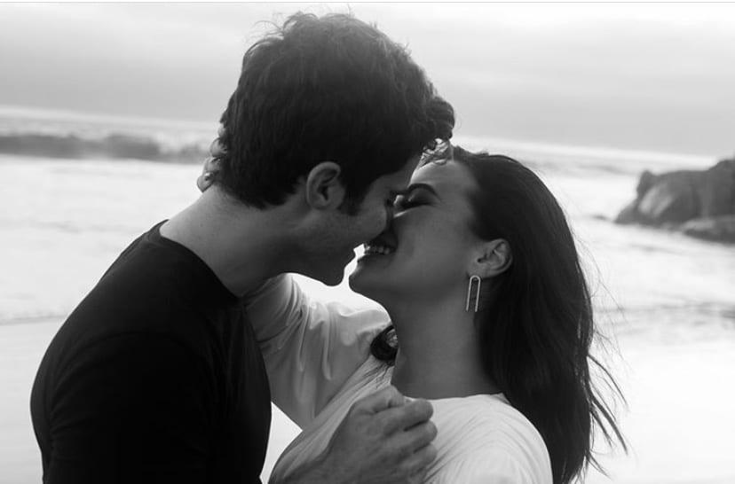 Ensaio na praia noivado de Demi