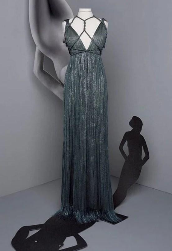 Vestido cinza plissado dior longo com amarrações no busto