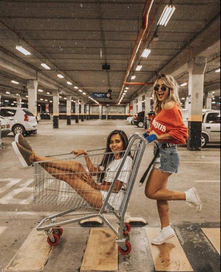 Foto no carrinho de supermercado
