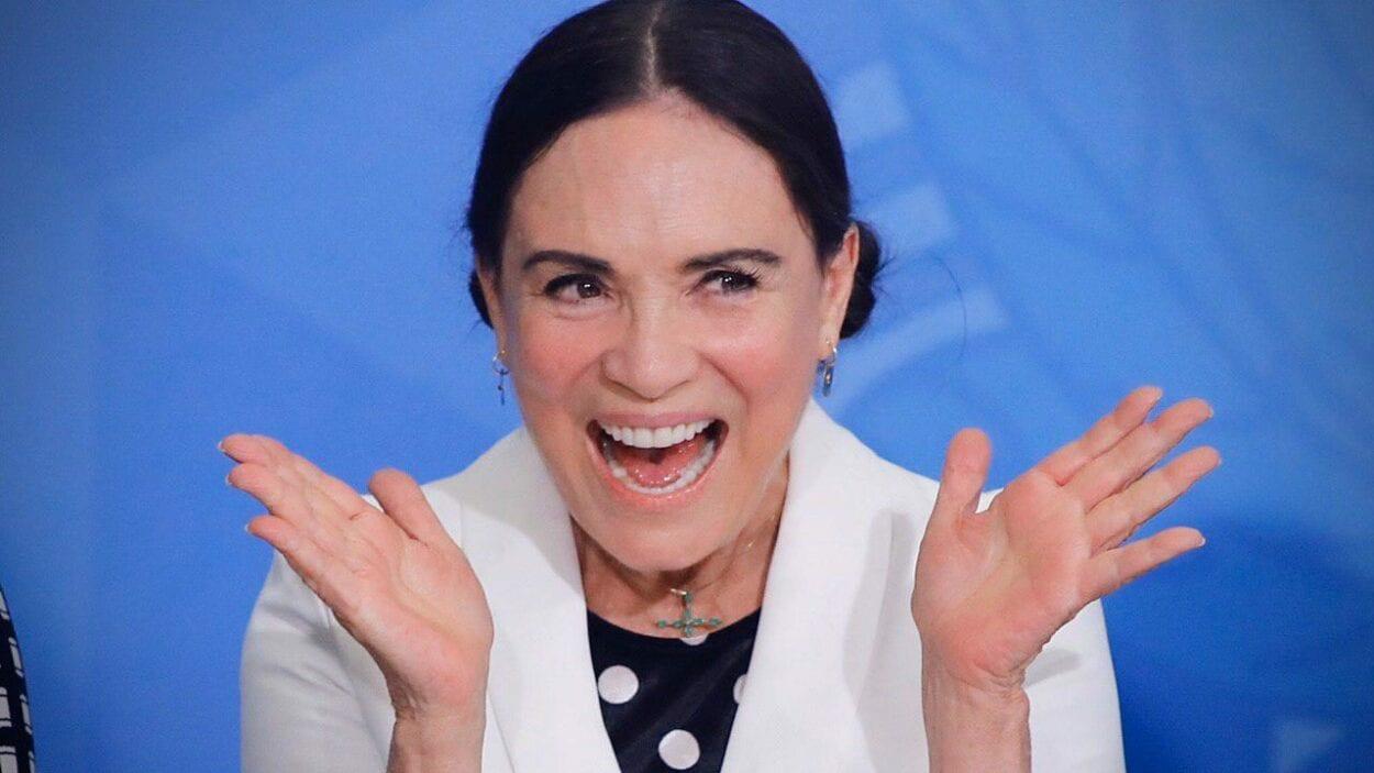 Regina Duarte sofre queda