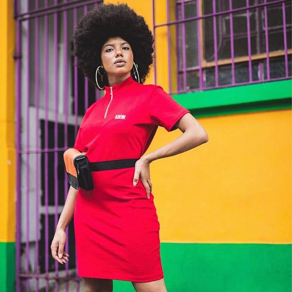 aqui foto de modelo negra em marca do emicida